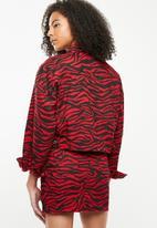Missguided - Zebra print cropped denim jacket- red