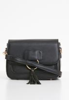 Superbalist - Shay ring crossbody bag - black
