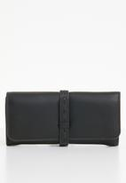Superbalist - Tyler faux leather purse - black