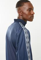 Umbro - Umbro retro taped tricot jacket - navy