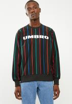 Umbro - Umbro malone pin stripe sweat - black