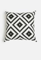 Sixth Floor - Satoni cushion cover - black & white