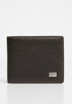STYLE REPUBLIC - Bifold faux leather  wallet - brown