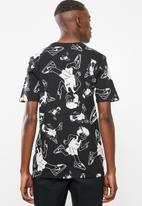 Nike - Nsw tee - black and white