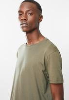 Superbalist - Curved hem tee - khaki green