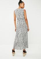 Vero Moda - Molly maxi dress - white