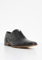 STYLE REPUBLIC - Formal toe detail lace-up shoes - black