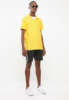 Superbalist - Cuban collar shirt - yellow