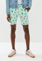 STYLE REPUBLIC - Printed shorts - mint