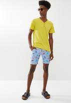 STYLE REPUBLIC - Printed shorts - turquoise