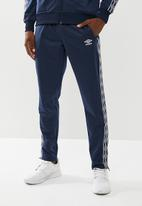 Umbro - Umbro retro taped tricot pant - navy