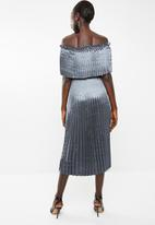 Vero Moda - Jasmine off the shoulder midi dress - blue