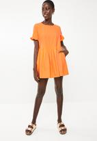 Vero Moda - Goldie short sleeve playsuit - orange