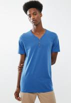 Cotton On - Essential henley tee - blue