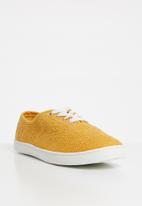 Cotton On - Juno plimsoll - yellow