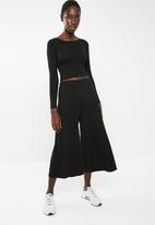 Superbalist - Wide leg cullotes - black