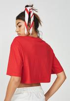 Supré  - V neck boxy crop - red