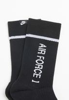 Nike - Sportswear sneaker socks - black