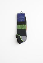 New Look - 3 Pack sports liner socks - black