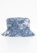 Superbalist - Tropica leave bucket hat - navy