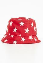 Superbalist - Kids boys star bucket hat - red