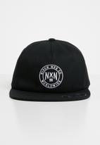 Nixon - Willie 110 strapback cap - black