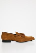 Superbalist - Suede fringe loafer - tan