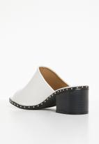 Truffle - Studded low heel sandals - white
