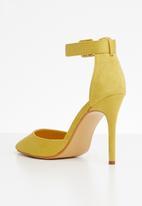 Miss Black - Tinuka ankle strap heels - yellow