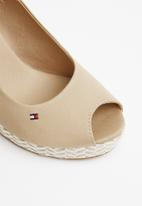 Tommy Hilfiger - Slingback wedges - neutral