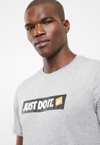 Nike - Nsw short sleeve tee  - grey