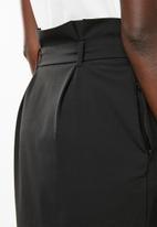 Vero Moda - Jussi short skirt - black