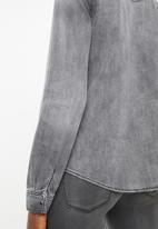 Vero Moda - Maria long sleeve  denim slim shirt - grey