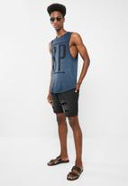 Sergeant Pepper - Curved hem vest with front print - blue