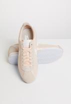 Nike - Classic Cortez - guava ice / white