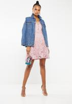 Revenge - 3/4 sleeve lace fit & flare dress - pink