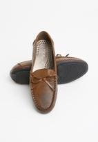 STYLE REPUBLIC - Bonded leather loafers - brown