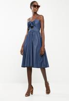 Superbalist - Tie front denim dress - blue