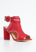 Jada - Ankle strap cut out heels - red