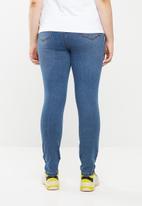 Brave Soul - Plus size Alice 5-pocket jeans - blue