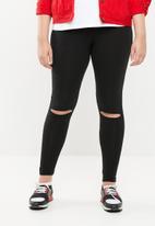 STYLE REPUBLIC PLUS - Knee slit leggings with tummy control band - black