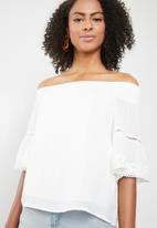Cotton On - Connie off the shoulder top - white