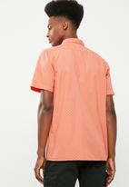 Superbalist - Statement short sleeve shirt - orange
