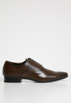 Superbalist - Coby oxford shoe - brown
