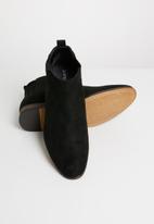 Superbalist - Liam chelsea boot - black