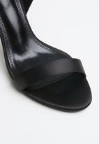 Dolce Vita - Tiffany strappy heel - black