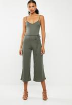 Missguided - Rib culotte jumpsuit - khaki green