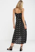Cotton On - Woven lucia strappy wrap dress - black & white