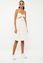 Missguided - Tie front stripe midi dress - yellow