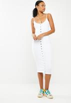 Missguided - Strappy ribbed popper midi dress - white